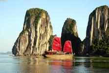When is the best time to visit Halong?