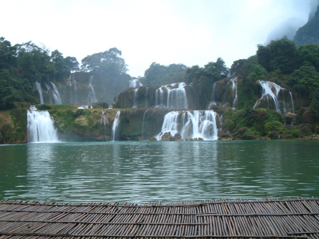 Ban Gioc Waterfall Cao Bang