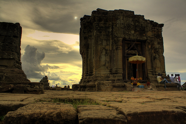 Glimpse of Cambodia: Phnom Penh – Siem Reap 5 Days