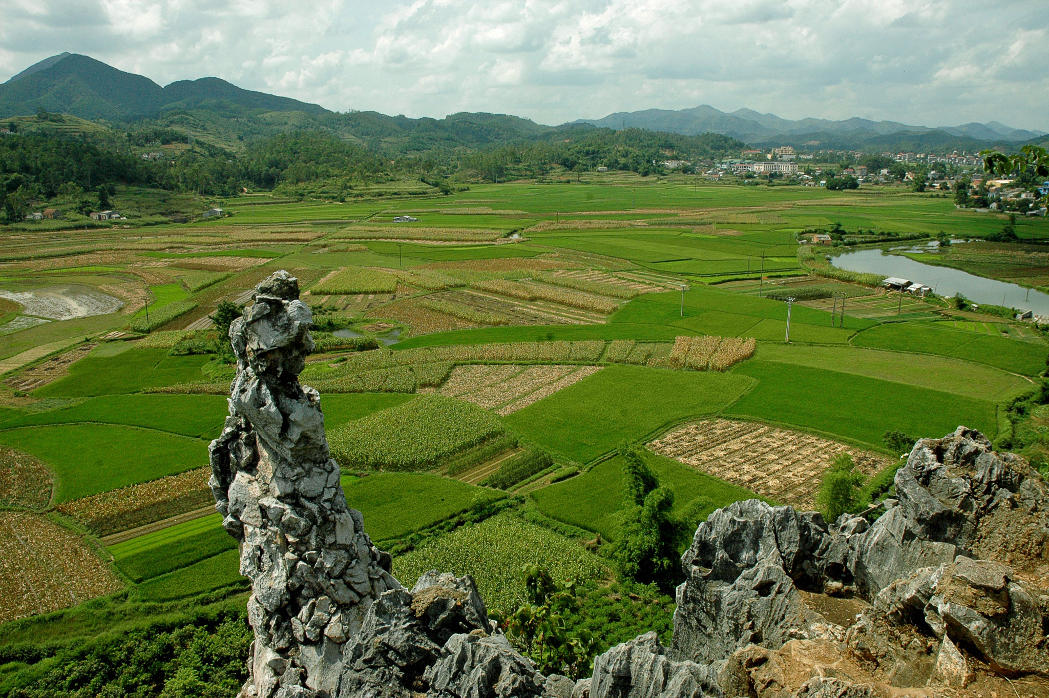 Lang Son Vietnam  city photos : Vietnam Adventure Tour: Ba Be Pac Po Cao Bang Ban Gioc