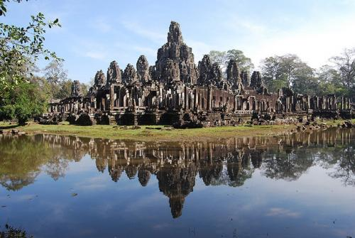 http://vietpowertravel.com/data/tour/Cambodia Adventure Tours: Fascinating Angkor Temples