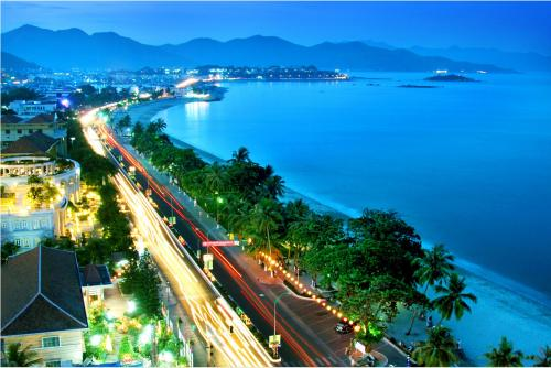 http://vietpowertravel.com/data/tour/Vietnam Beach Vacation: Danang - My Khe Beach Vacation 4 Days