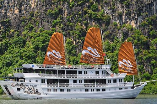 http://vietpowertravel.com/data/tour/Cruises in Halong Bay: Paradise Peak Cruise 3 Days