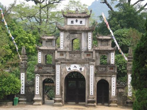 http://vietpowertravel.com/data/tour/Vietnam Short Break: Perfume Pagoda 1 Day