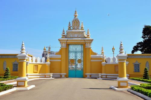 http://vietpowertravel.com/data/tour/Cambodia Heritages Tours: Phnom Penh - Siem Reap 7 Days